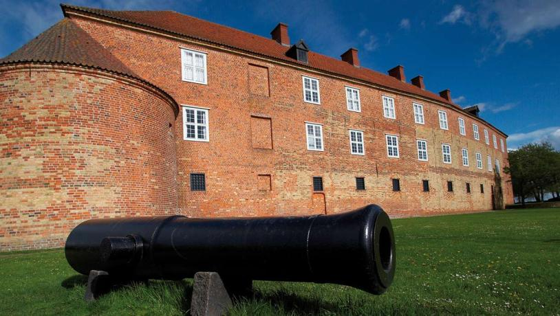 Canon by Sønderborg Castle