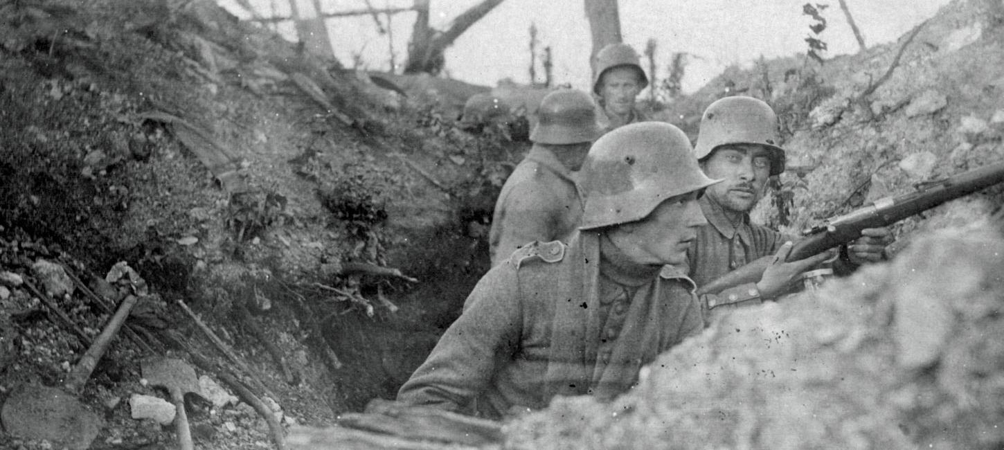 Soldiers from Sønderjylland in the trenches during World War I - possible in Verdun